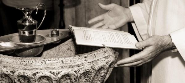 sakramenty-i-poslugi-chrzest-swiety